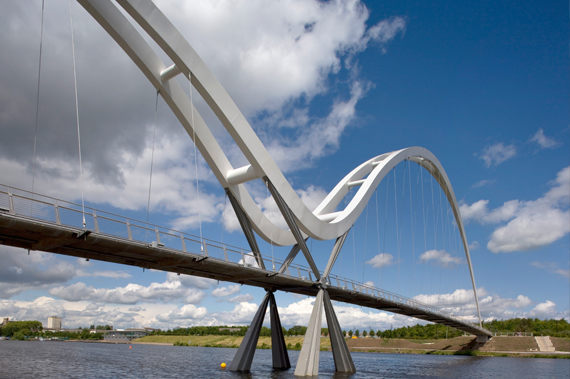 Infinity Footbridge